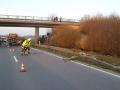 PKW gegen Brückenpfeiler 4